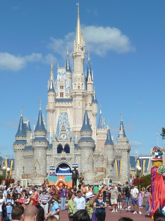cinderella-castle-magic-kingdom